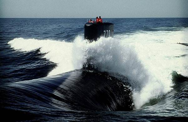 美国核航母前脚刚启程回国 核潜艇后脚就到韩国