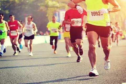 国内首例马拉松替跑者猝死案开庭 家属索赔123万