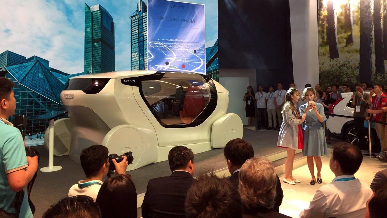 NEVS推出自动驾驶概念车InMotion 智能设置内饰