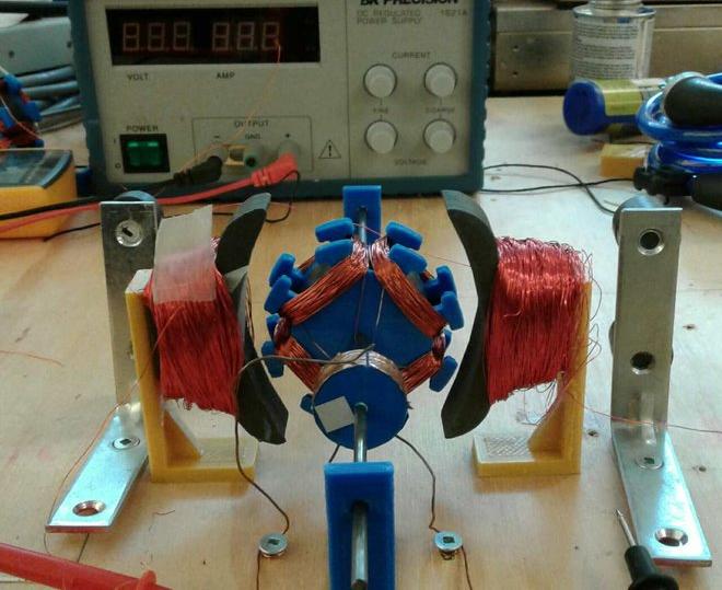 """可自我复制的3D打印机:能在月球上""""自产自组装"""""""