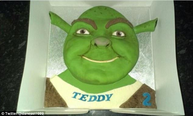 """让孩子们""""惊吓""""的生日蛋糕"""