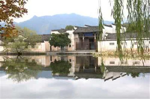 安徽鼓励乡村旅游项目 特色小镇建设将享土地惠政
