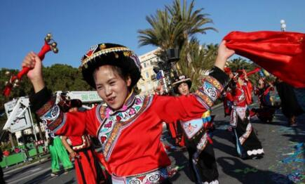 文化和自然遗产日 贵州六盘水彝族铃铛舞成亮点
