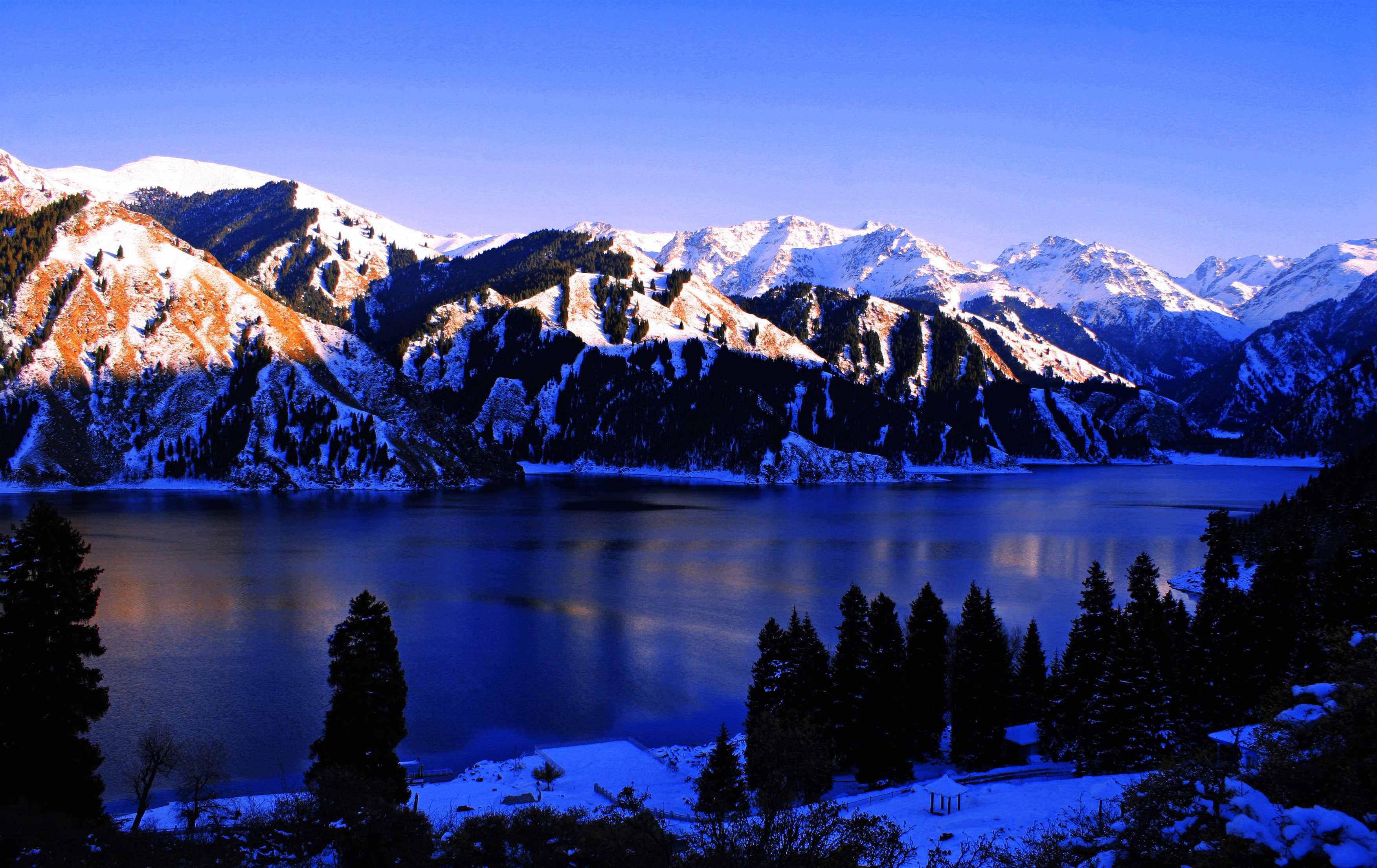 世界自然遗产:新疆天山