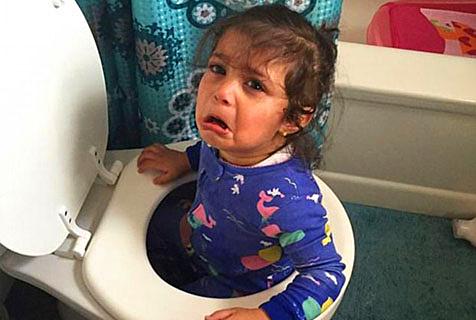 小孩发脾气哭起来可不好惹