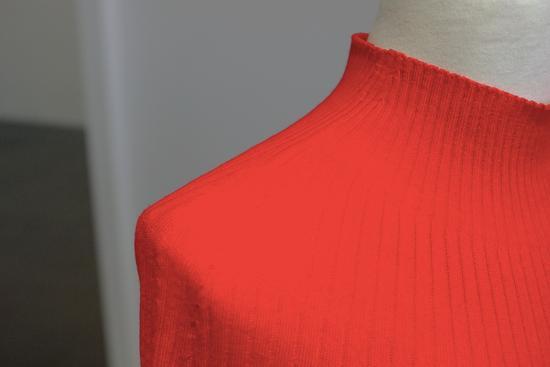 优衣库一直说自己是科技公司:新毛衣整件没针脚
