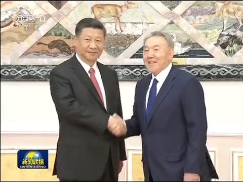 习近平与哈总统举行会谈