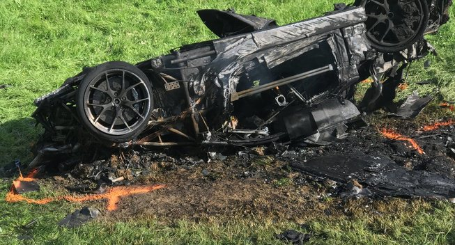 TGT主持人哈蒙德遇翻车事故幸生还