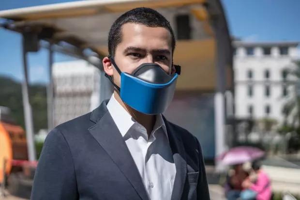 口罩的终极形态?将过滤净化器戴在嘴上