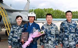 中国空军装备歼10B部队曝光