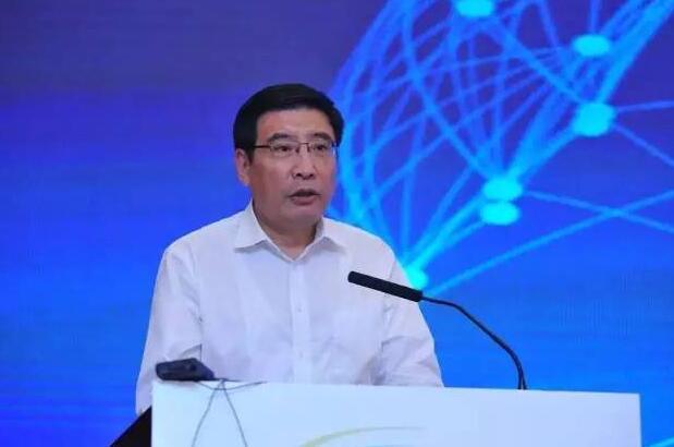 苗圩:智能网联汽车是具有战略意义的系统工程