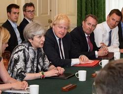 组阁延迟 英女王演讲或被推迟