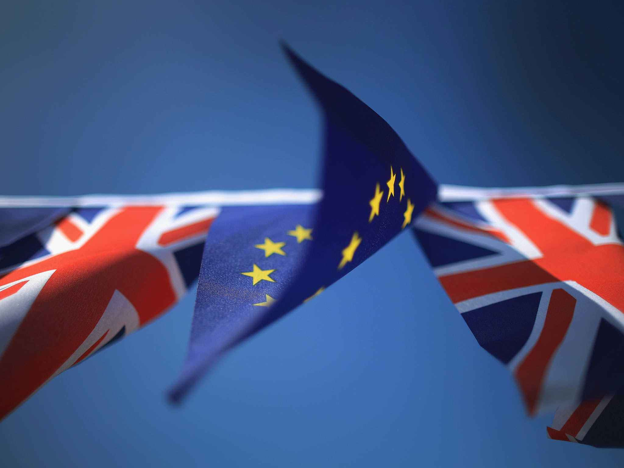 英国脱欧面临1000亿欧元分手费 悬浮议会恐崩盘