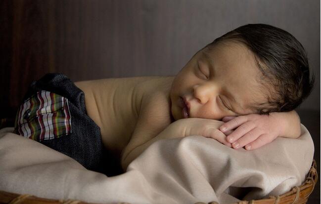 夏日炎炎 5大妙招助您的宝宝安然入睡