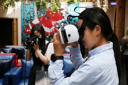 现场观众体验180°立体拍摄的全流程专业级VR解决方案