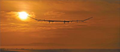 厉害了中国科技!太阳能无人机完成2万米高空试飞