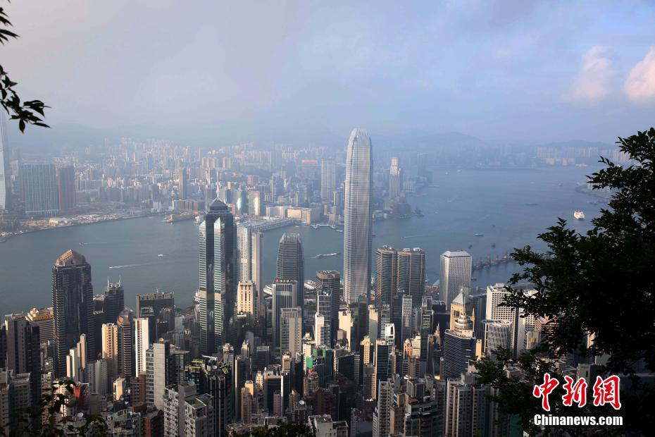 香港摩天大楼冠绝全球 拥有超1300座摩天大楼