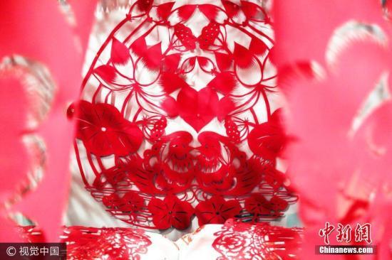 外媒:吸睛的主题集体婚礼非欧洲特例 中国人也流行