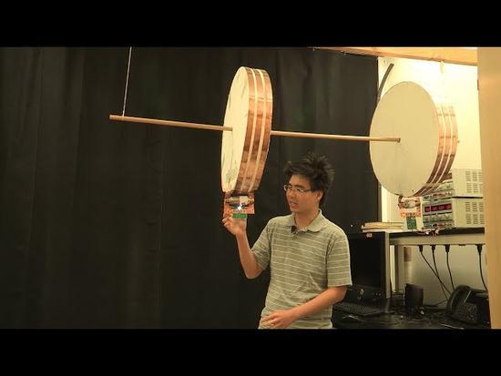 1米之内无压力 斯坦福研发高效无线输电新系统