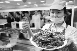 国人去年吃掉88万吨小龙虾 养殖户根本不愁客户