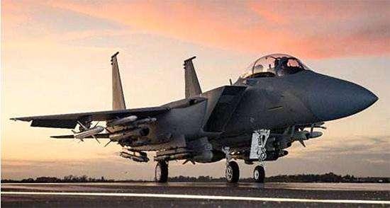 卡塔尔武器大单换与美军演?豪购上百亿美元军机