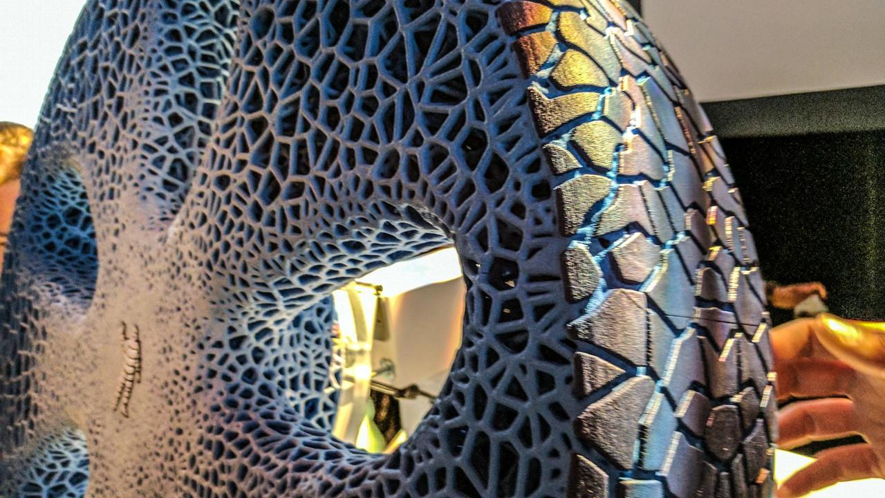 米其林发布非充气轮胎 胎面采用3D打印技术