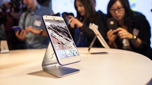 谷歌挖角苹果工程师 自主研发智能手机处理器