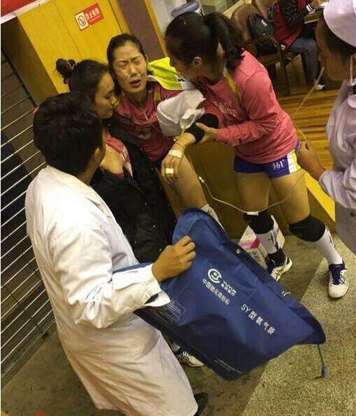 揪心!朱婷高原反应赛后被送医院 输液至凌晨4点