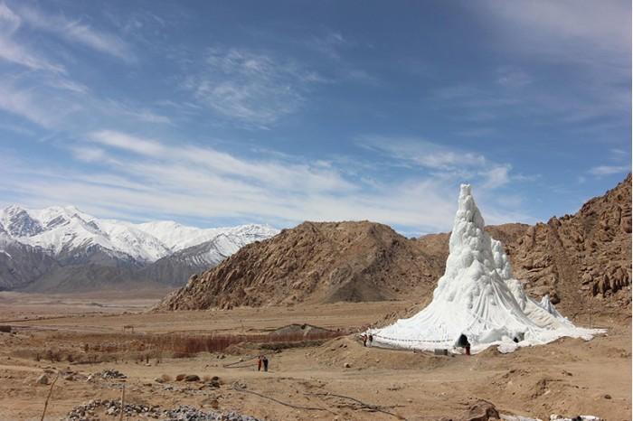工程师用人造冰川来帮印度干旱地区蓄水