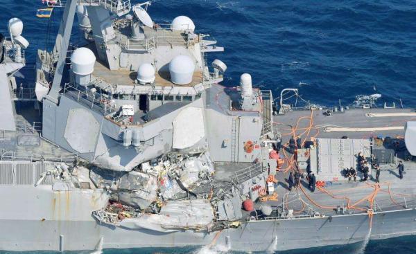 美菲撞船宙斯盾舰近瘫痪 军舰为何撞不过商船