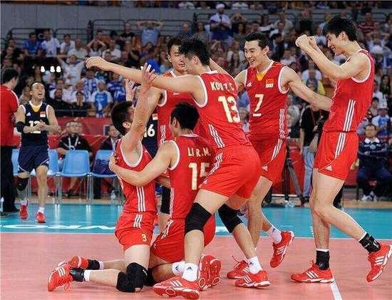 世界男排联赛中国追5赛点 3-2逆转日本主场夺冠