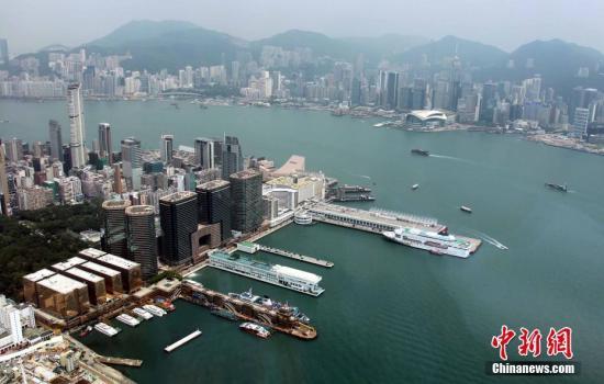 香港财政司长:香港可发展成基建融资枢纽 在亚投行扮重要角色