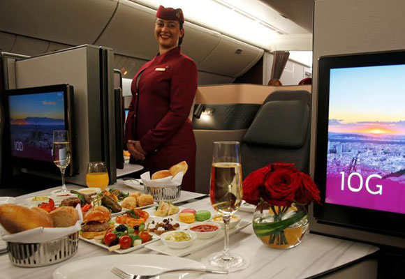 卡塔尔航空超豪华商务舱曝光:配床铺和佳肴