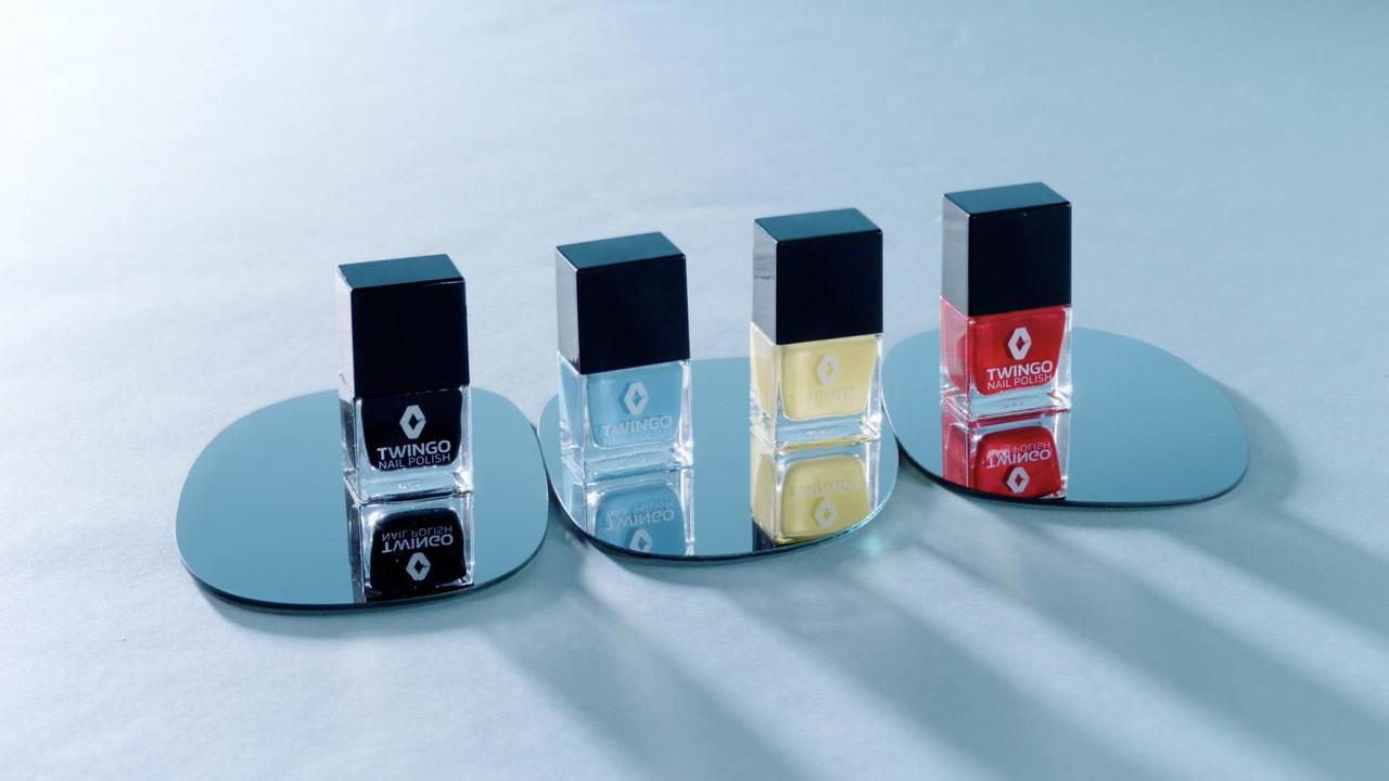 雷诺推出Twingo同色指甲油 还能为爱车补漆