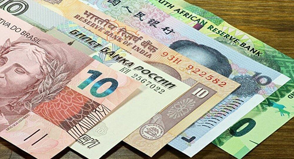 俄财长:金砖国家将成立总额100亿美元的主权债券基金
