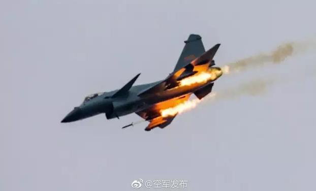 """中国空军首次承办""""国际军事比赛""""两项赛事"""