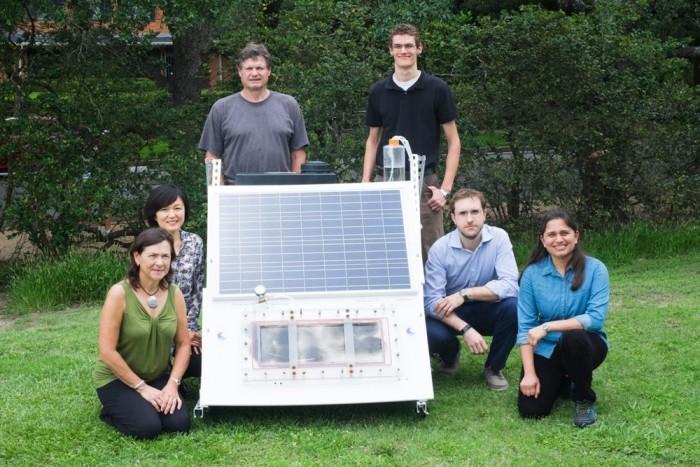 赖斯大学打造纳米光电太阳能薄膜蒸馏系统