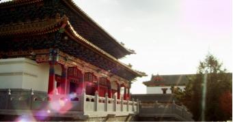 谛听禅音休憩心灵 准格尔召旅游区文化之旅