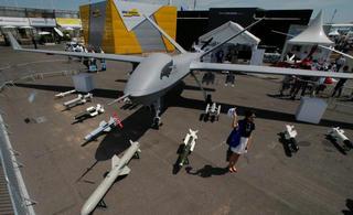 中国翼龙2无人机亮相巴黎航展