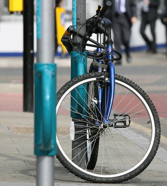 荷兰开发新型车锁 可防止用户骑行中使用手机