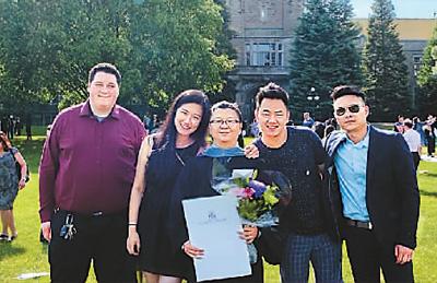 海外留学生们的毕业季:结束旧篇章 开启新旅程