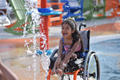暖心!一个专为残疾人设计的水上乐园