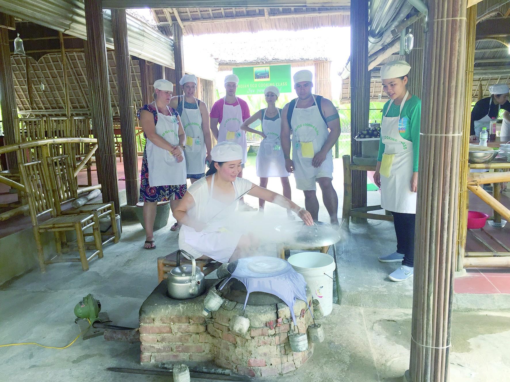 一场特别的美食之旅——在会安学做越南春卷