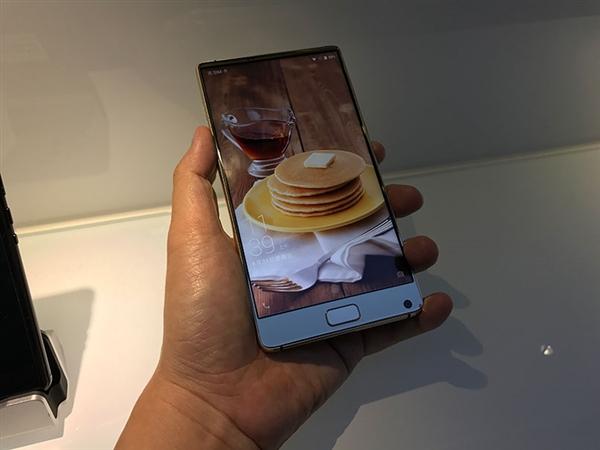 像三星还是像小米?国产千元全面屏手机发布