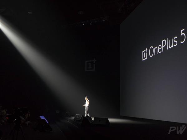 苹果创新已死?刘作虎:愚昧的人才这么说