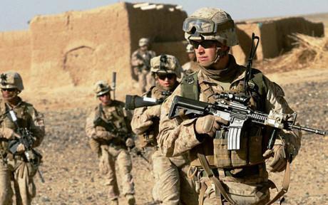 阿富汗前总统:美国要推动和平 而不是越反越恐