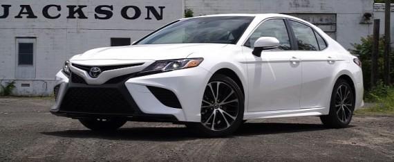 《消费者报告》评价新款丰田凯美瑞:外观更佳