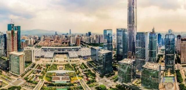 """深圳的另一副面孔:国际淘金者的""""硬件王国"""""""