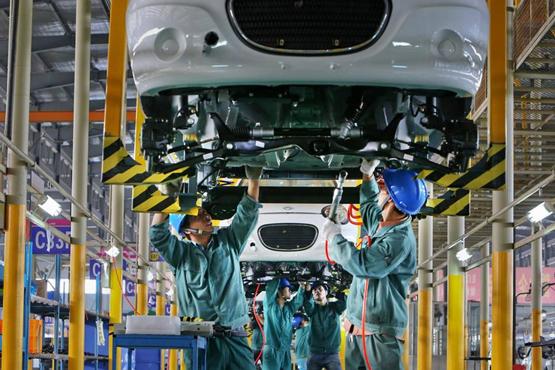 """审计署:新能源车企""""骗补""""16亿 30家年销量不足500台"""