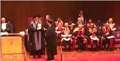 留学生侧空翻领毕业证